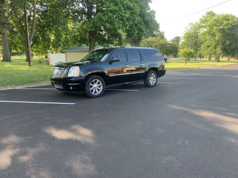 2011 GMC Yukon XL for sale at Superior Automotive Group in Owensboro KY