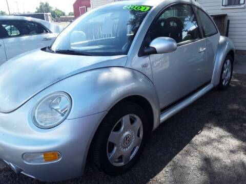 """2001 Volkswagen New Beetle for sale at Midwestern Auto Sales """"The Used Car Center"""" in Middletown OH"""