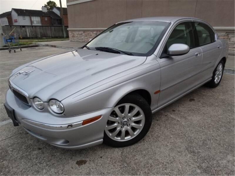 2002 Jaguar X-Type for sale at Abe Motors in Houston TX