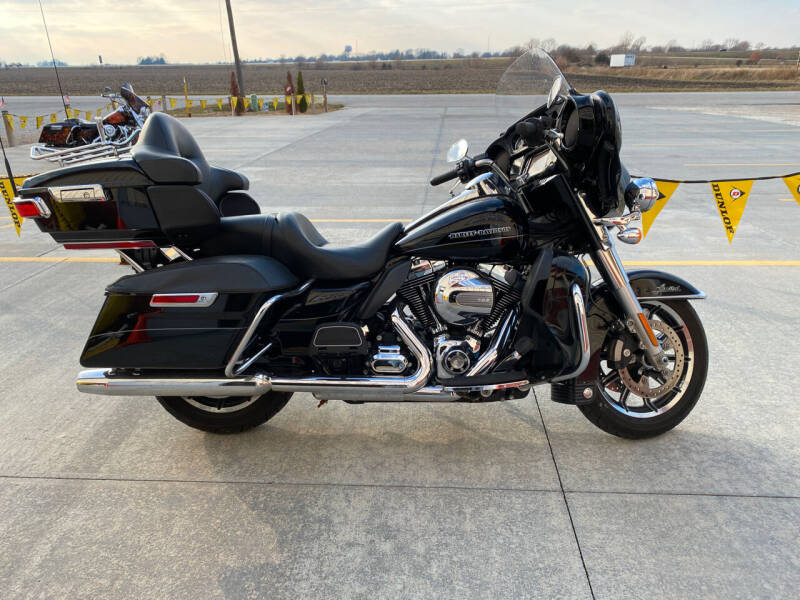 2014 HarleyDavidson  Limited  for sale at SEMPER FI CYCLE in Tremont IL