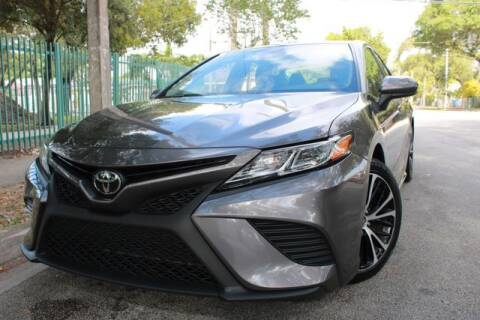 2019 Toyota Camry for sale at OCEAN AUTO SALES in Miami FL