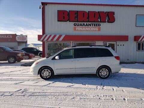 2008 Toyota Sienna for sale at Berry's Cherries Auto in Billings MT