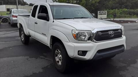 2014 Toyota Tacoma for sale at BEST BUY AUTO SALES in Thomasville NC