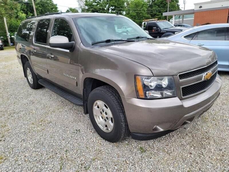 2012 Chevrolet Suburban for sale at Claborn Motors, INC in Cambridge City IN