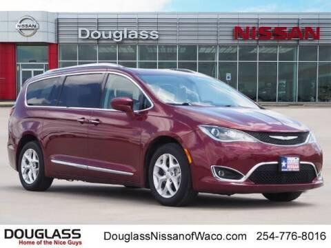2017 Chrysler Pacifica for sale at Douglass Automotive Group - Douglas Nissan in Waco TX