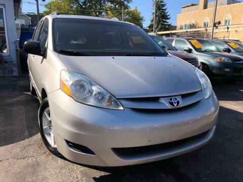 2009 Toyota Sienna for sale at Jeff Auto Sales INC in Chicago IL