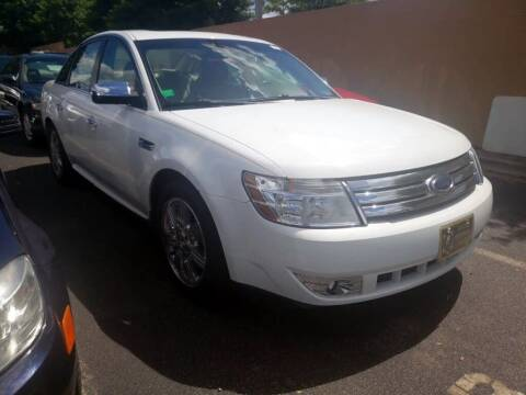 2008 Ford Taurus for sale at Auto Solutions in Maryville TN