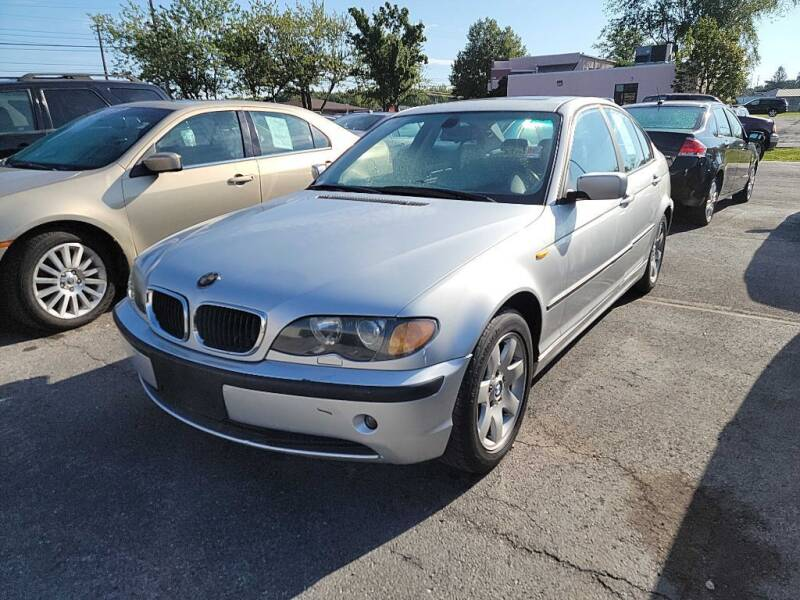 2004 BMW 3 Series for sale at Lakeshore Auto Wholesalers in Amherst OH