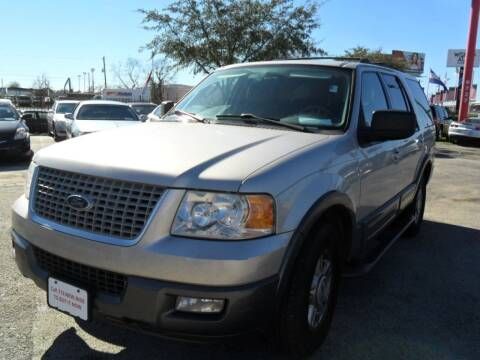 2004 Ford Expedition for sale at Talisman Motor City in Houston TX
