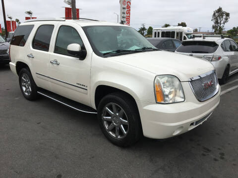 2010 GMC Yukon for sale at CARSTER in Huntington Beach CA