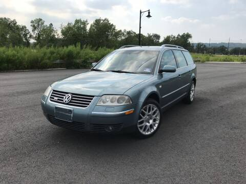 2003 Volkswagen Passat for sale at CLIFTON COLFAX AUTO MALL in Clifton NJ