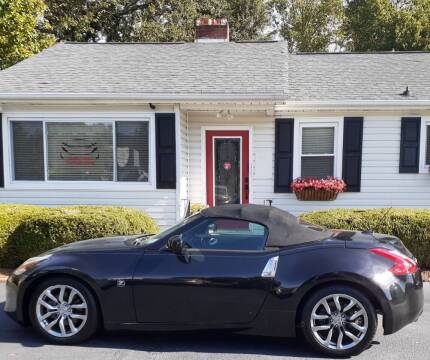 2010 Nissan 370Z for sale at SIGNATURES AUTOMOTIVE GROUP LLC in Spartanburg SC