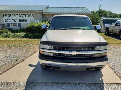 2001 Chevrolet Silverado 2500 for sale at Swihart Motors in Lapaz IN