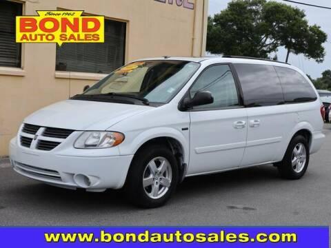 2007 Dodge Grand Caravan for sale at Bond Auto Sales in Saint Petersburg FL