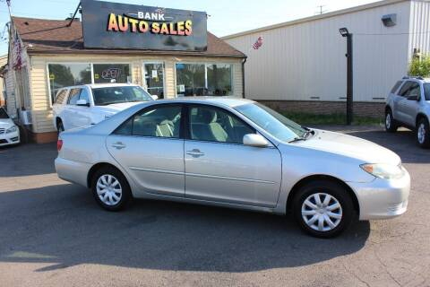 2005 Toyota Camry for sale at BANK AUTO SALES in Wayne MI