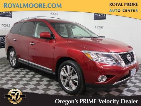 2014 Nissan Pathfinder for sale at Royal Moore Custom Finance in Hillsboro OR