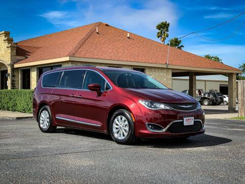 2017 Chrysler Pacifica for sale at Jerrys Auto Sales in San Benito TX