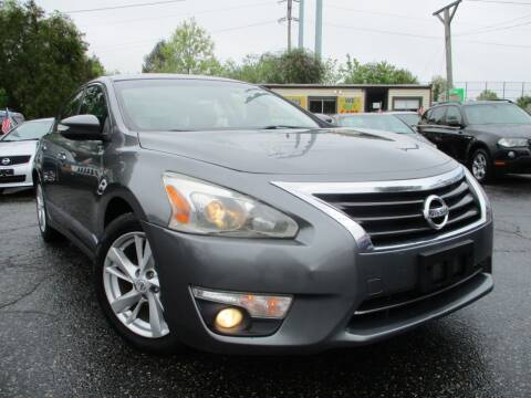 2014 Nissan Altima for sale at Unlimited Auto Sales Inc. in Mount Sinai NY