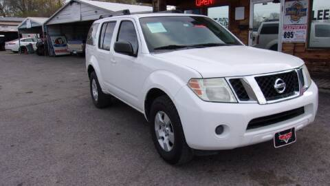 2008 Nissan Pathfinder for sale at LEE AUTO SALES in McAlester OK