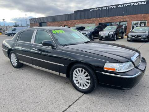 2005 Lincoln Town Car for sale at Motor City Auto Auction in Fraser MI