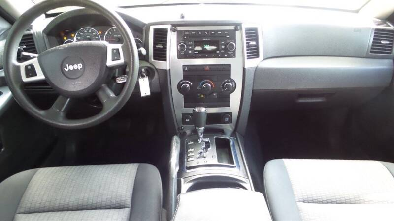 2010 Jeep Grand Cherokee 4x2 Laredo 4dr SUV - Fort Myers FL