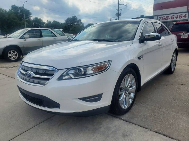 2012 Ford Taurus for sale at Quallys Auto Sales in Olathe KS