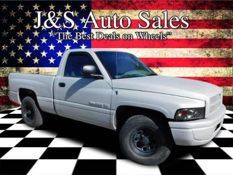 2001 Dodge Ram Pickup 1500 for sale at J & S Auto Sales in Clarksville TN