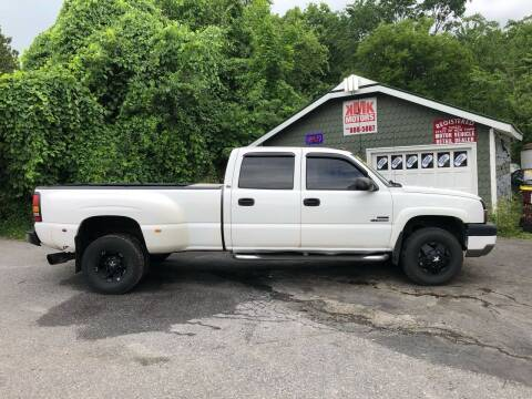 2004 Chevrolet Silverado 3500 for sale at KMK Motors in Latham NY