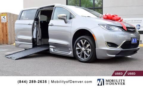 2018 Chrysler Pacifica for sale at CO Fleet & Mobility in Denver CO