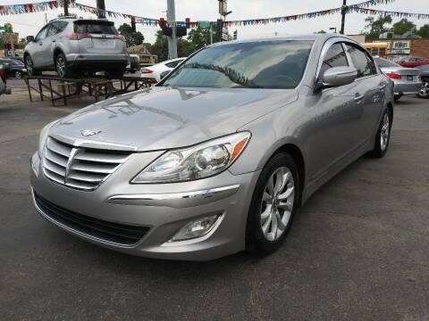 2013 Hyundai Genesis for sale at TOP YIN MOTORS in Mount Prospect IL
