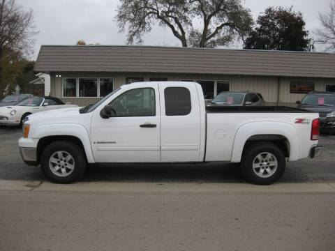 2007 GMC Sierra 1500 for sale at Greens Motor Company in Forreston IL