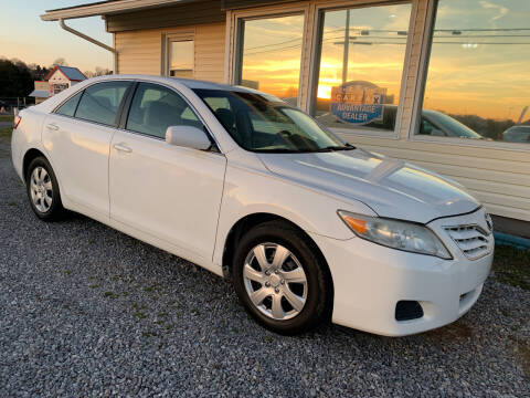 2011 Toyota Camry for sale at Dream Team Motors Inc in Seymour TN