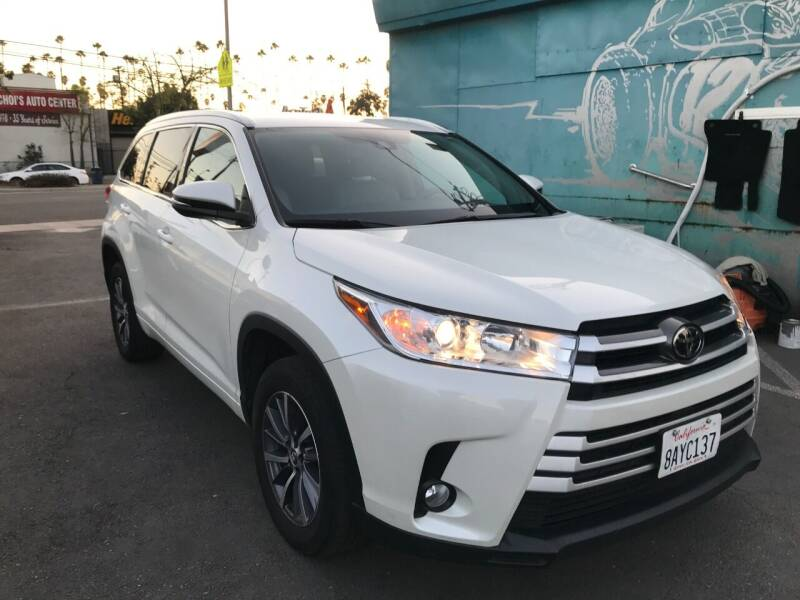 2017 Toyota Highlander for sale at Autobahn Auto Sales in Los Angeles CA