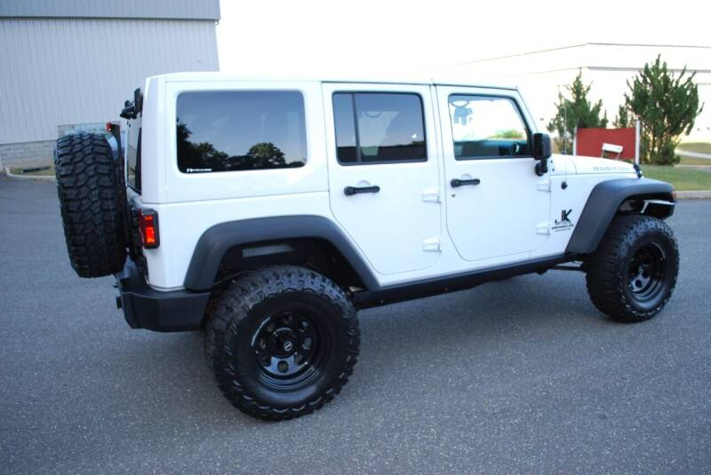 2017 Jeep Wrangler Unlimited 4x4 Rubicon 4dr SUV - New Milford CT