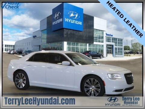 2016 Chrysler 300 for sale at Terry Lee Hyundai in Noblesville IN