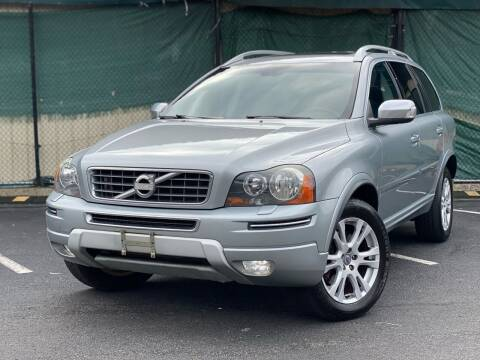 2013 Volvo XC90 for sale at Illinois Auto Sales in Paterson NJ