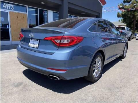 2017 Hyundai Sonata for sale at Carros Usados Fresno in Fresno CA