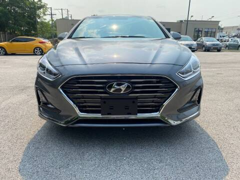 2019 Hyundai Sonata for sale at Platinum Cars Exchange in Downers Grove IL