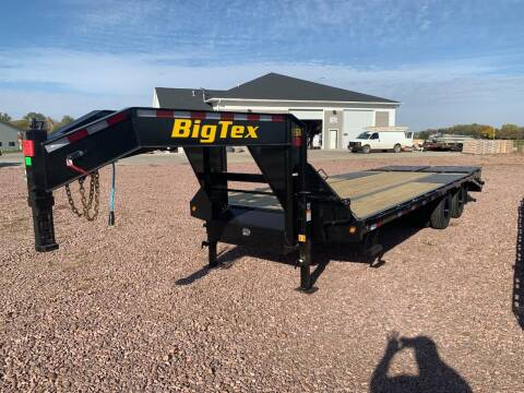2022 Big Tex 22GN 20+5 Mega Ramps #9770 for sale at Prairie Wind Trailers, LLC in Harrisburg SD