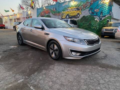 2011 Kia Optima Hybrid for sale at Showcase Motors in Pittsburgh PA