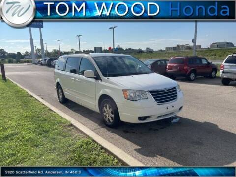 2008 Chrysler Town and Country for sale at Tom Wood Honda in Anderson IN