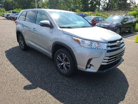 2018 Toyota Highlander for sale at BETTER BUYS AUTO INC in East Windsor CT
