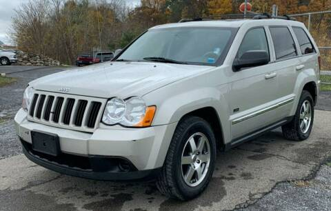 2009 Jeep Grand Cherokee for sale at GLOVECARS.COM LLC in Johnstown NY