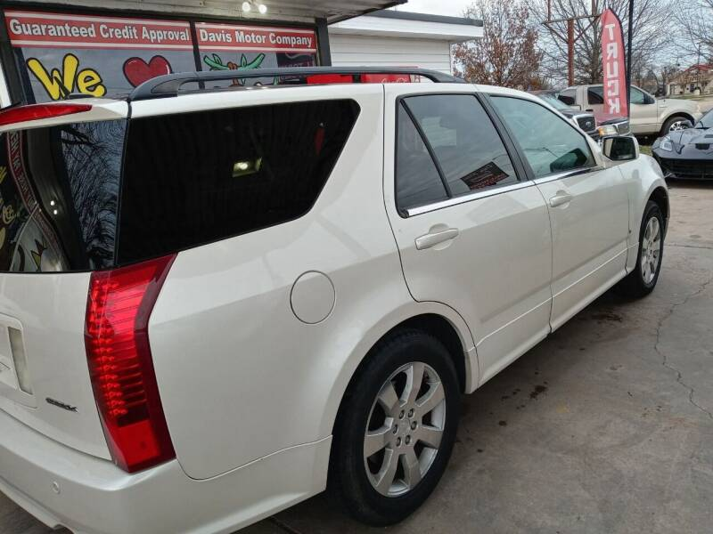 2006 Cadillac SRX for sale at Davis Motor Company in Durant OK
