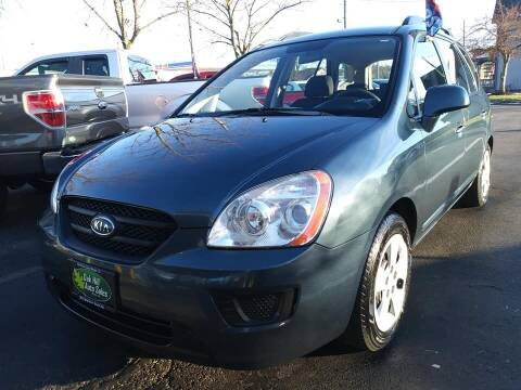 2009 Kia Rondo for sale at Oak Hill Auto Sales of Wooster, LLC in Wooster OH