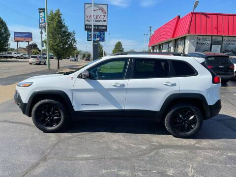 2015 Jeep Cherokee for sale at Select Auto Group in Wyoming MI