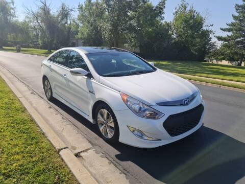 2014 Hyundai Sonata Hybrid for sale at A.I. Monroe Auto Sales in Bountiful UT