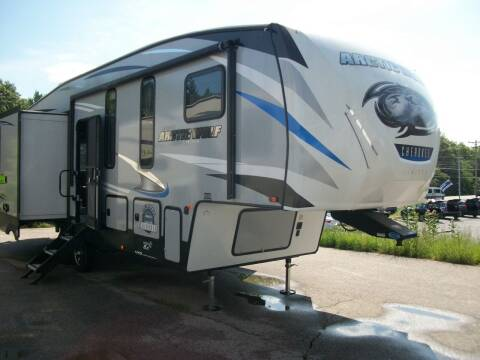 2019 Cherokee Arctic Wolf 295QSL8 for sale at Olde Bay RV in Rochester NH