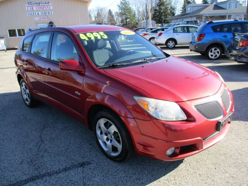 2005 Pontiac Vibe for sale at Richfield Car Co in Hubertus WI