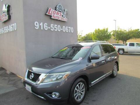 2014 Nissan Pathfinder for sale at LIONS AUTO SALES in Sacramento CA